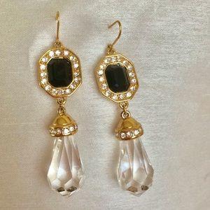 Vintage Monet onyx gold tone tear drop earrings